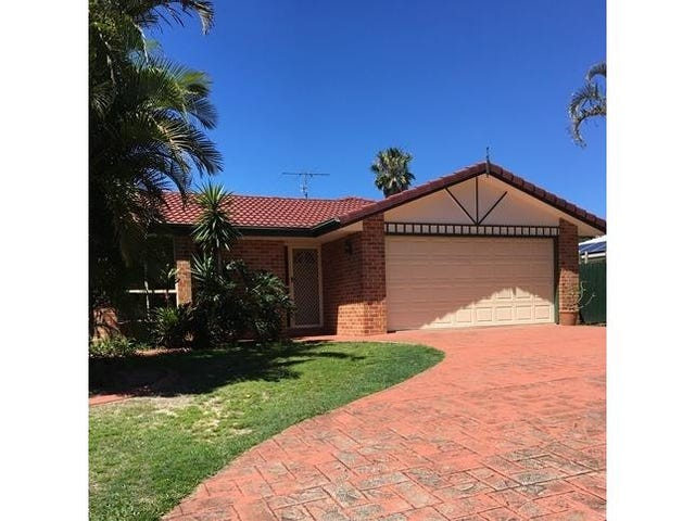 6 Rhodes Place, Aroona, Qld 4551