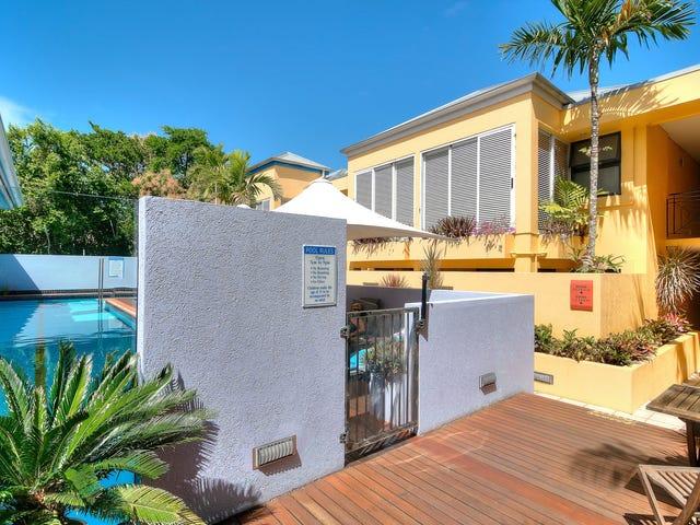 105 & 205 Pavilions/ Macrossan Street, Port Douglas, Qld 4877