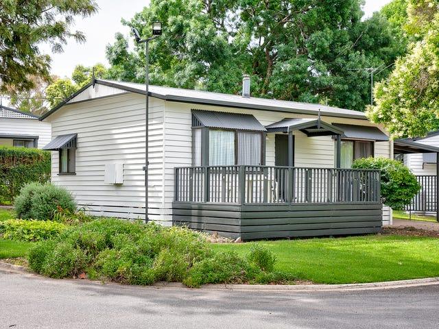 38 Whitebark Way, Albury, NSW 2640
