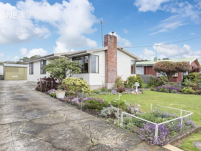 22 Beaufort Street, Somerset, Tas 7322