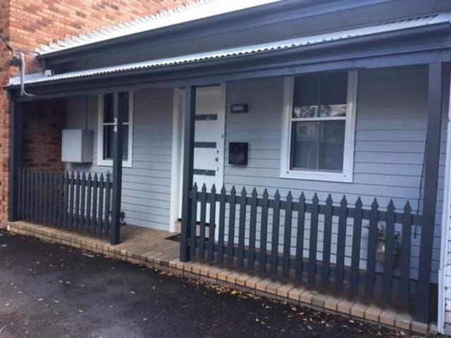 24 Council Street, Cooks Hill, NSW 2300