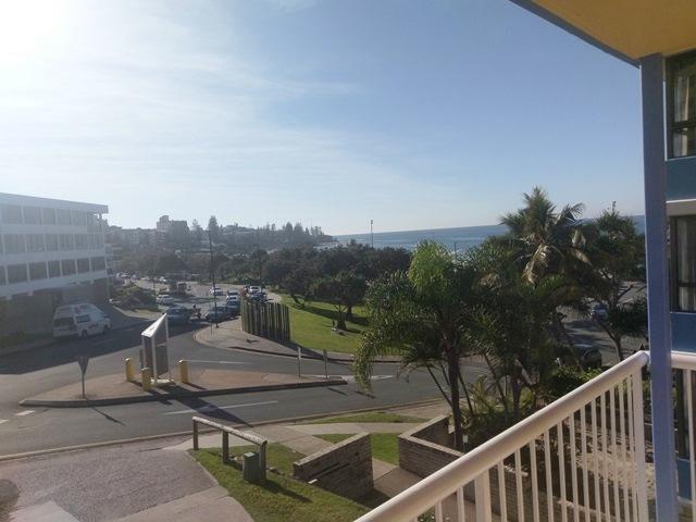1/1 Warne Terrace, Kings Beach, Qld 4551