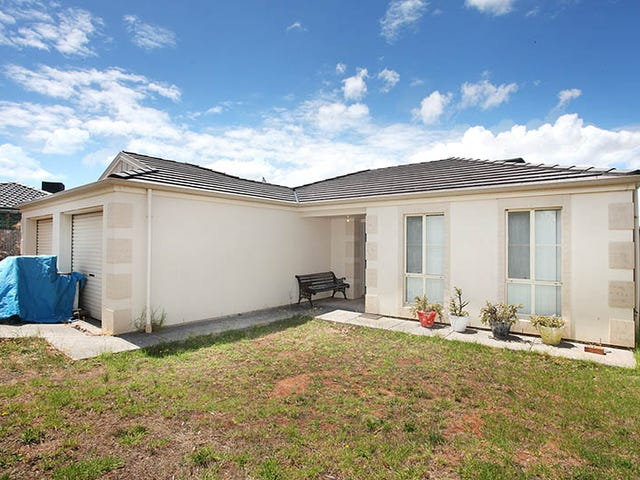 30 Valleyview Crescent, Hackham West, SA 5163