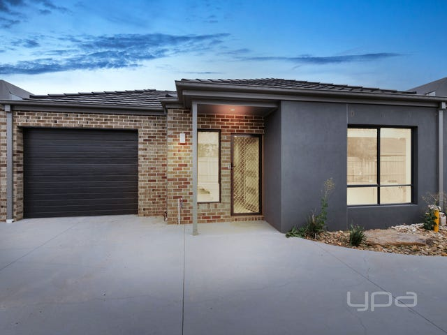 2/62 James Cook Drive, Melton West, Vic 3337