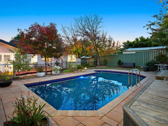 9 Holtermann Place, Charnwood, ACT 2615