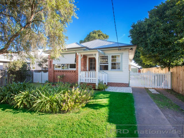 8 Nichols Street, Lorn, NSW 2320
