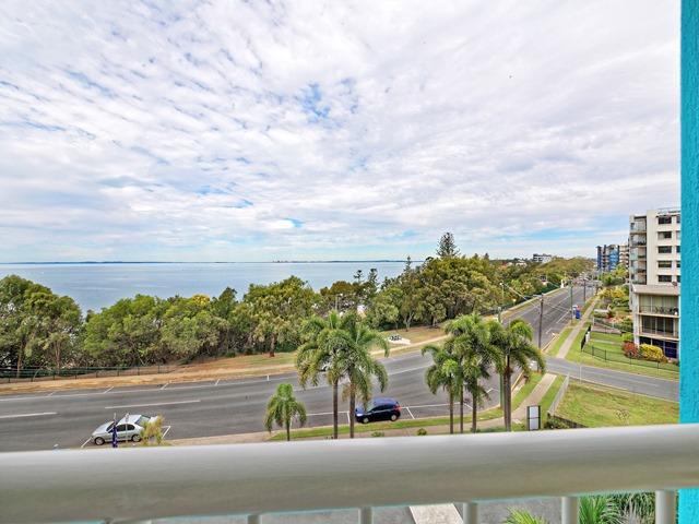 19/77 Marine Parade, Redcliffe, Qld 4020