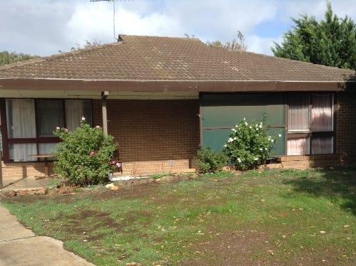 6 Dover Place, Melton West, Vic 3337