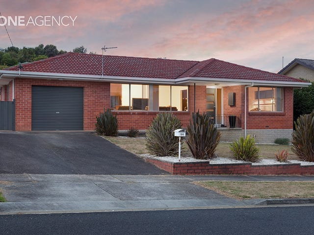 24 Richardson Street, West Ulverstone, Tas 7315