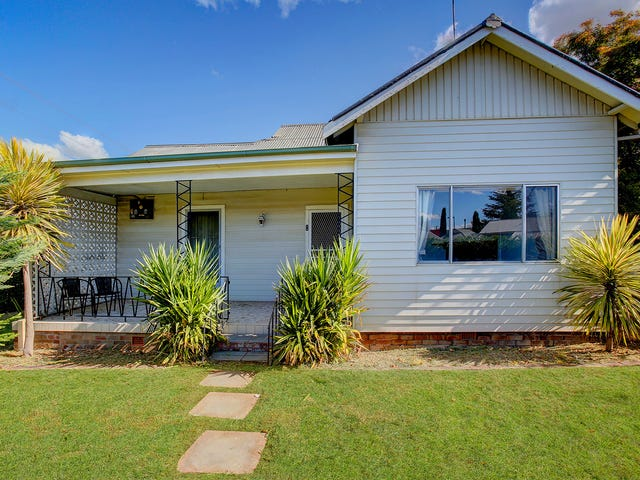 8 Garrett Street, Moss Vale, NSW 2577