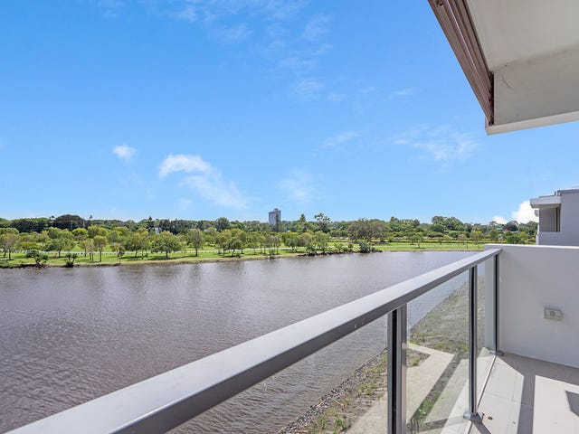 73/3028 The Boulevard, Carrara, Qld 4211