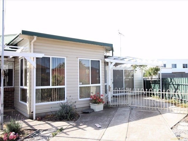 31 Harvey Crescent, Aldinga Beach, SA 5173