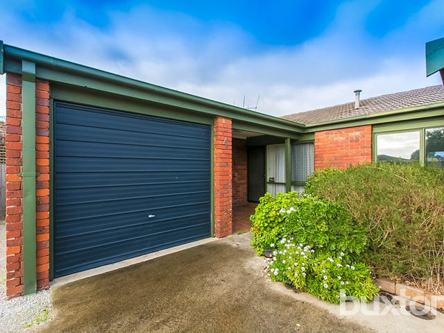 4/4 Shara Court, Belmont, Vic 3216