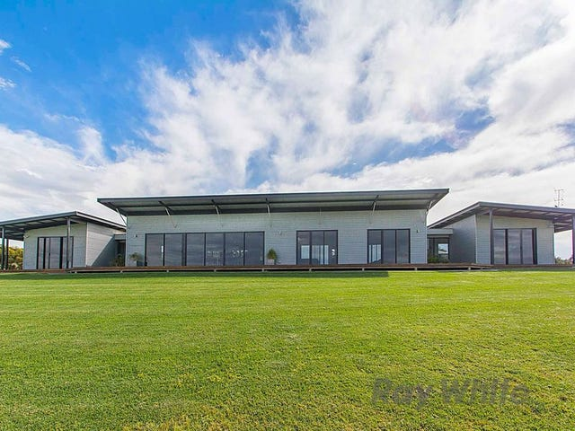 221 Cemetery Road, Watervale, SA 5452