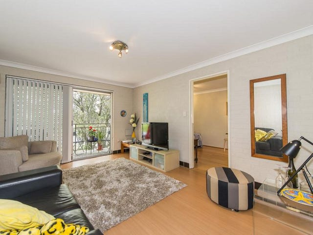 4/3 The Crescent, Penrith, NSW 2750