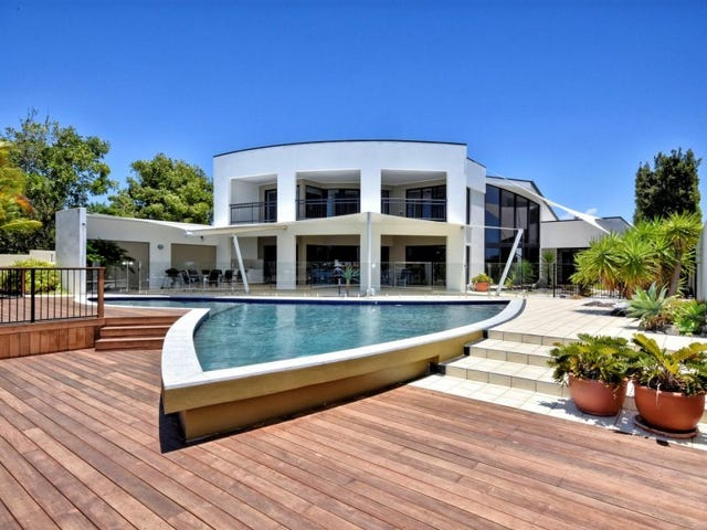 1/1 Raptor Place, Pelican Waters, Qld 4551