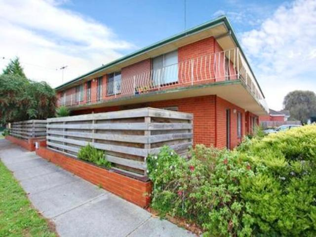1/125 Arthur Street, Fairfield, Vic 3078