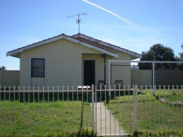 9 Flemming Crescent, Tamworth, NSW 2340