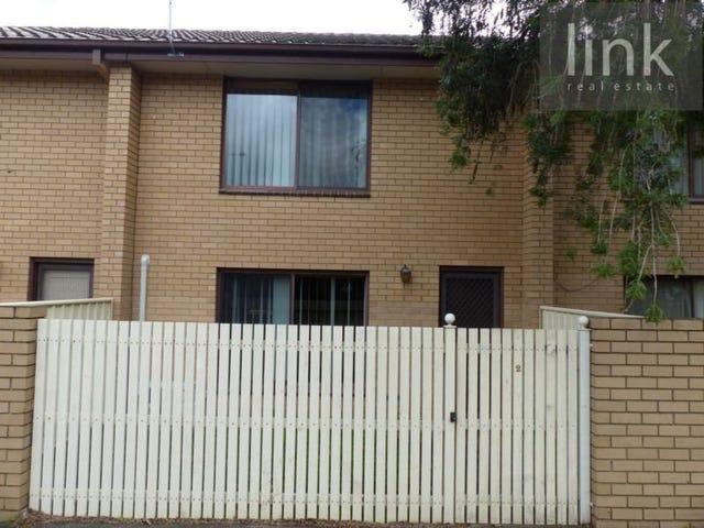 2/883 Padman Drive, West Albury, NSW 2640
