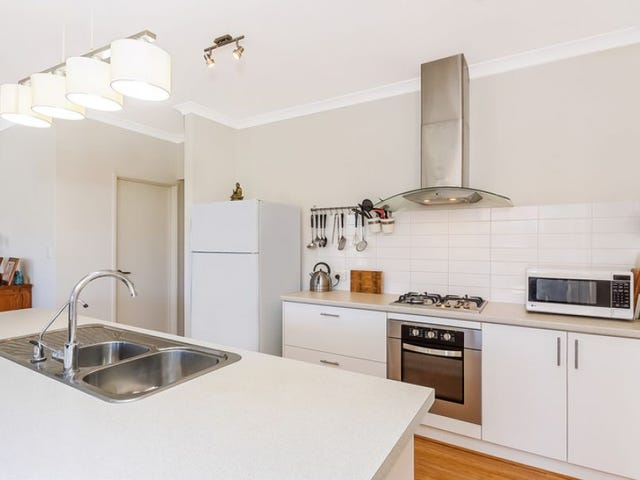 41 Hampshire Drive, Quinns Rocks, WA 6030