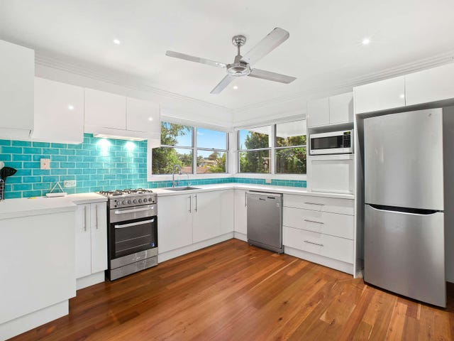 2/8 Norfolk Avenue, Port Macquarie, NSW 2444