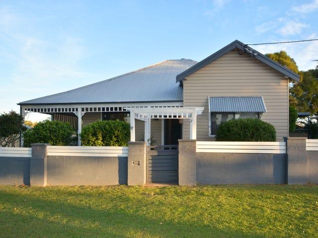 17 Cooper Street, Cessnock, NSW 2325