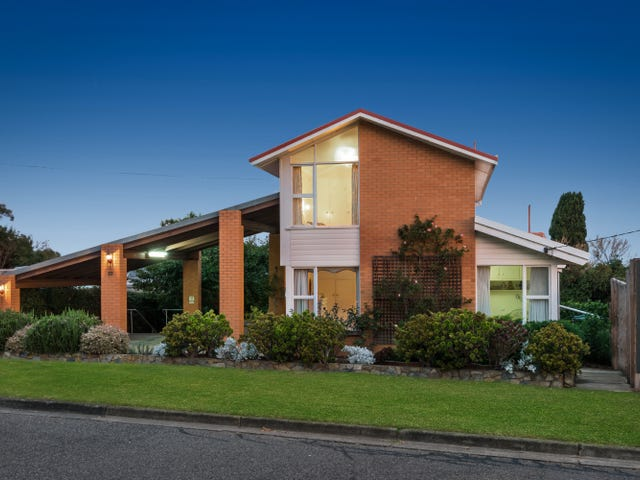 23 Reigate Road, Highton, Vic 3216
