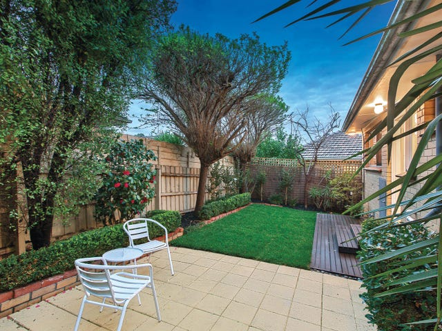 2/23 Broughton Road, Surrey Hills, Vic 3127