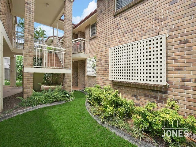 2/30 Wilton Terrace, Yeronga, Qld 4104