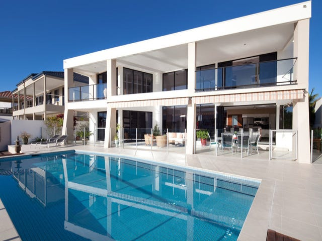 79 The Sovereign Mile, Sovereign Islands, Qld 4216