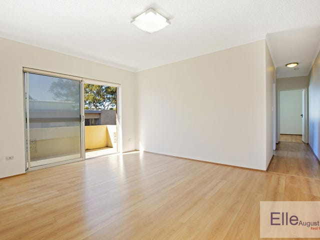 8/24A Macquarie Place, Mortdale, NSW 2223
