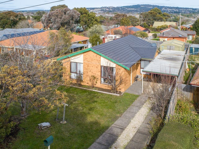 27 Scenic Court, Gisborne, Vic 3437