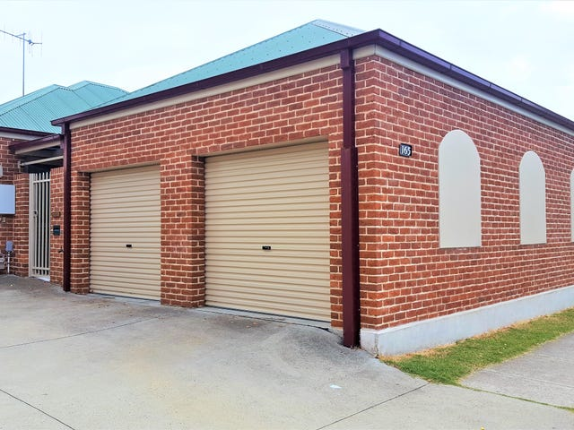 165 Bentinck Street, Bathurst, NSW 2795