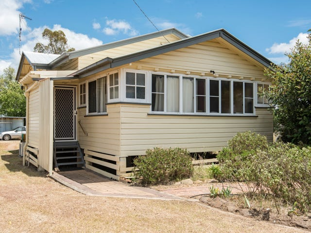 49 King Street, Kingsthorpe, Qld 4400