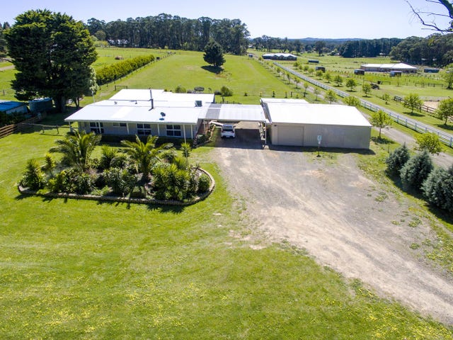 1072 Whittlesea-Kinglake Road, Kinglake West, Vic 3757