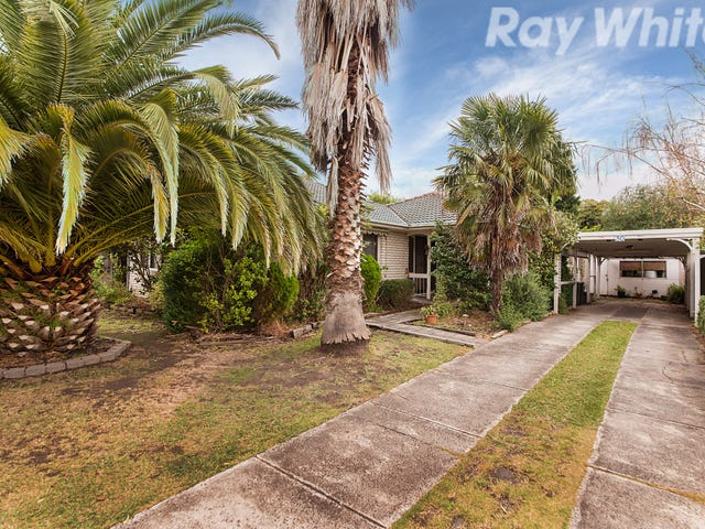 30 Greenaway Drive, Ferntree Gully, Vic 3156