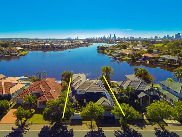 9 Clipper Boulevard, Clear Island Waters, Qld 4226