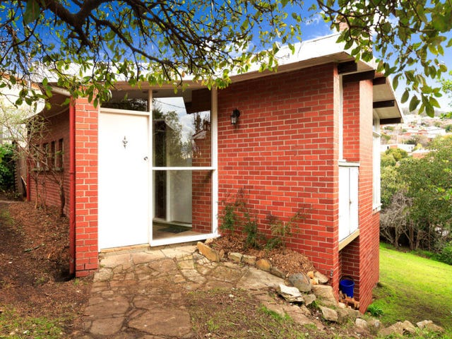 521 Churchill Avenue, Sandy Bay, Tas 7005