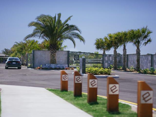 1 Entrance Island, Lake Kawana Boulevard, Birtinya, Qld 4575