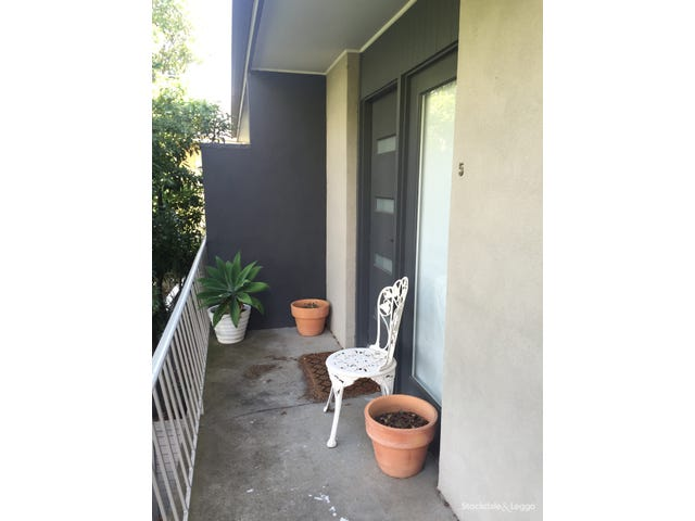 5 / 7 Sanglen Terrace, Belmont, Vic 3216