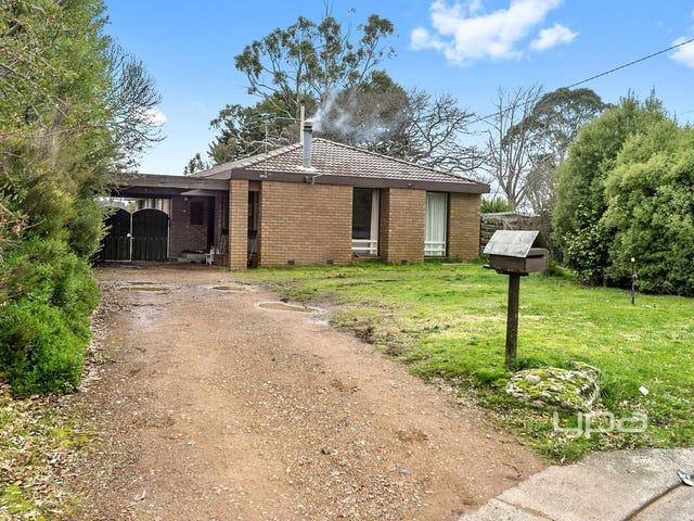 15 Grant Avenue, Gisborne, Vic 3437