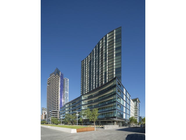 4D/8 Waterside Place, Docklands, Vic 3008