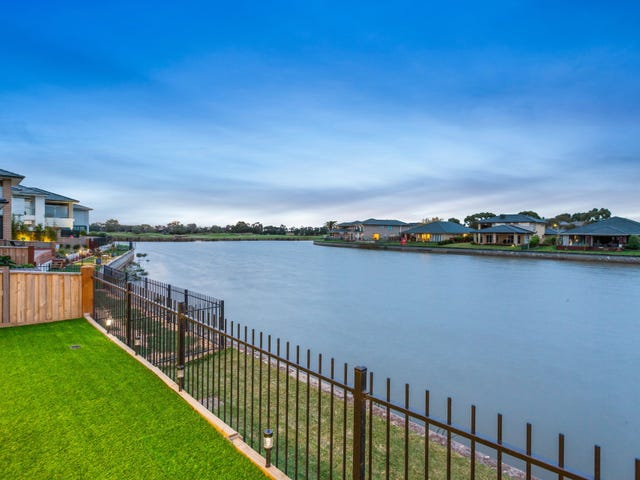 10 Waterside Circuit, Sandhurst, Vic 3977