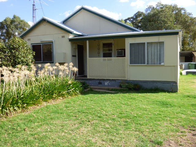 60 Victoria Gully Road, Young, NSW 2594