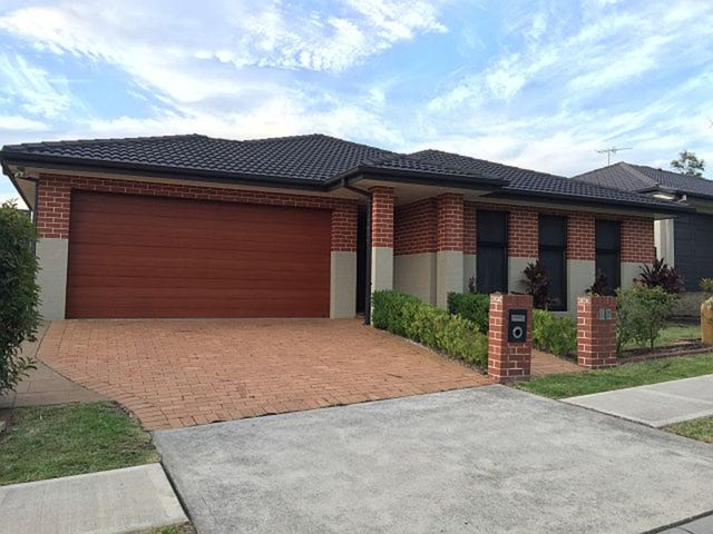 37 Townsend Crescent, Ropes Crossing, NSW 2760