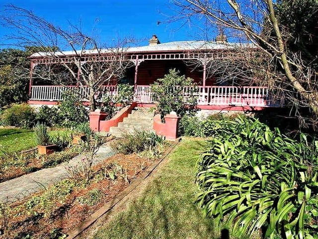 5 Hume Avenue, Wentworth Falls, NSW 2782