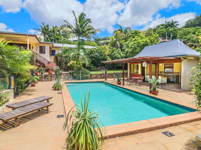 141 Hillview Crescent, Whitfield, Qld 4870