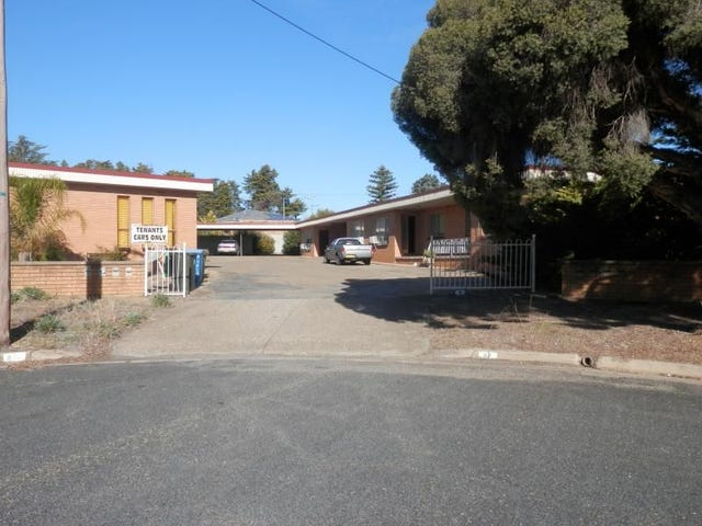 4-87 Raye Street, Tolland, NSW 2650