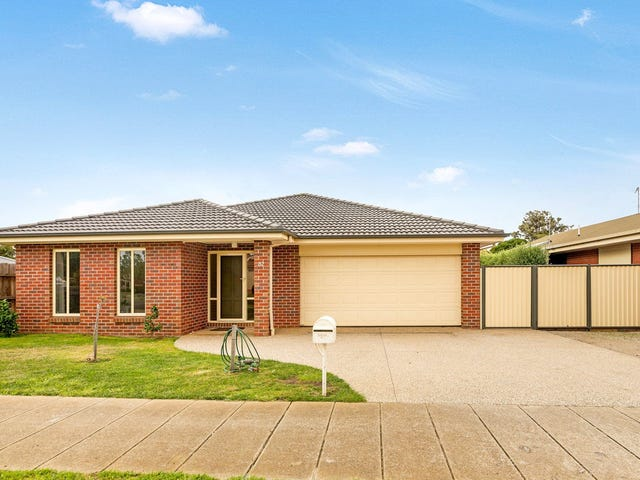 32 Clyde Avenue, St Leonards, Vic 3223