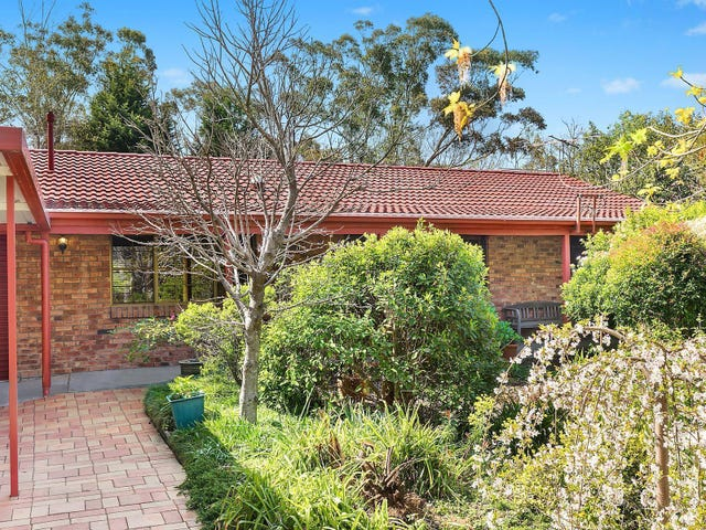 110 Henderson Road, Wentworth Falls, NSW 2782